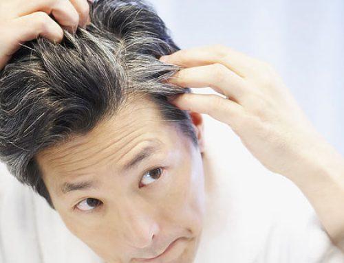 جلوگیری از سفید شدن مو با ۱۰ مادهای که شما را جوانتر نگه میدارد